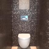 Natuursteen mozaïk toilet Jan Reek Hoorn