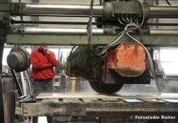 verwerken van natuursteen in onze fabriek