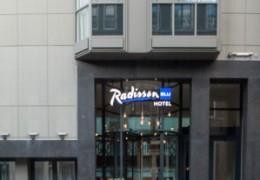 Gevel en interieur Radisson Blu Hotel Amsterdam
